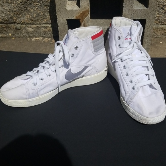 Nike sky high jordans